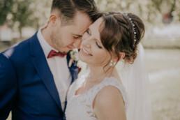 Brautpaar Shooting bei Sommerhochzeit in Freyung, fotografiert von Martina Feicht, Hochzeitsfotografin