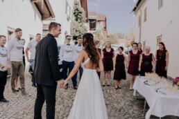 Sektempfang, fotografiert von Fotografin für Hochzeiten Martina Feicht, Passau
