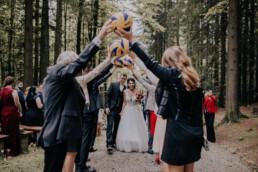 Volleyball Spalier Martina Feicht Fotografie für Hochzeiten