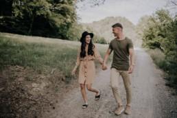 Lovestory Shoot im Frühling mit Fotografin Martina Feicht, für Hochzeiten und Portraits in Passau