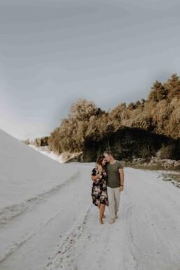Paarshooting und Verlobungsshooting im Sommer in Passau fotografiert von Martina Feicht Fotografie