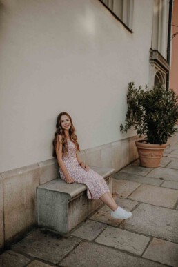 Frauenportraits in der Altstadt von Passau, fotografiert von Martina Feicht Fotografie, Sommer