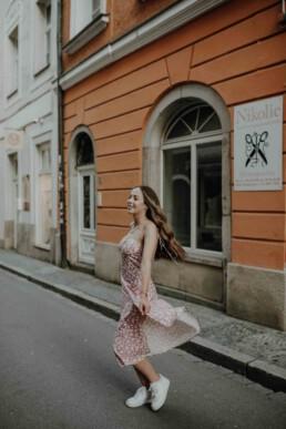 Portraitshooting in der Altstadt von Passau, fotografiert von Martina Feicht Fotografie, Selbstliebe